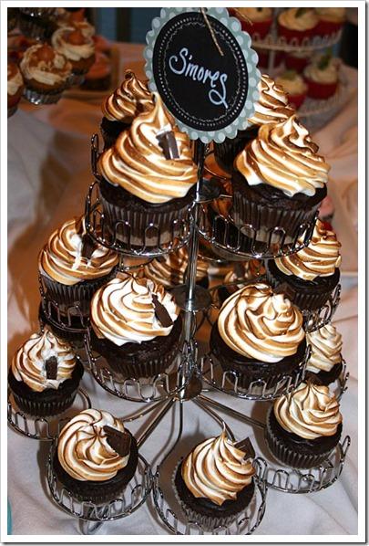 Smores cupcakesT